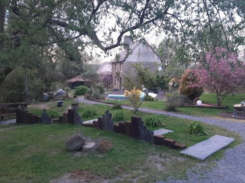 Jardin de l'établissement LA ROULOTTE DE GERMAINE