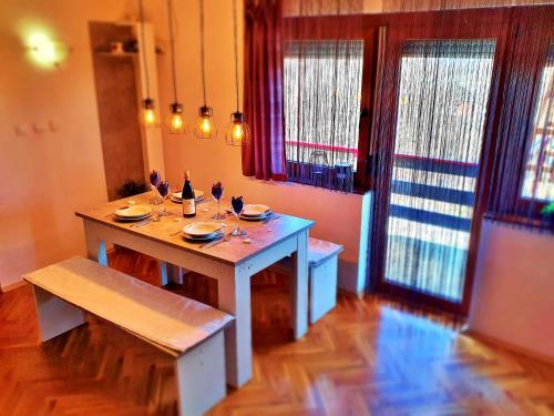 Restaurace v ubytování Holiday Home Bella Vita