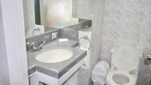 A bathroom at Apartments in San Isidro by Suites Team