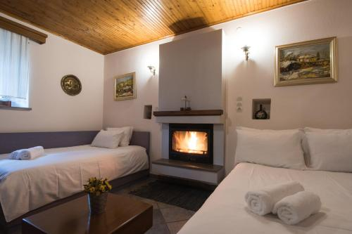 מיטה או מיטות בחדר ב-Rodami