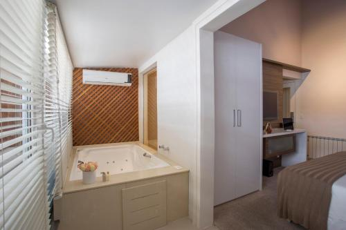 A bathroom at Modevie Boutique Hotel