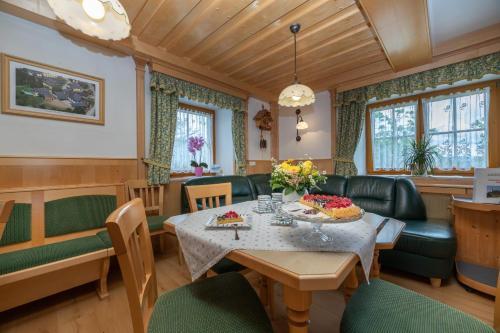 Ein Restaurant oder anderes Speiselokal in der Unterkunft Urlaub am Lacknerhof - Familie Klocker