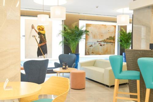 منطقة الاستقبال أو اللوبي في El Puerto Ibiza Hotel Spa