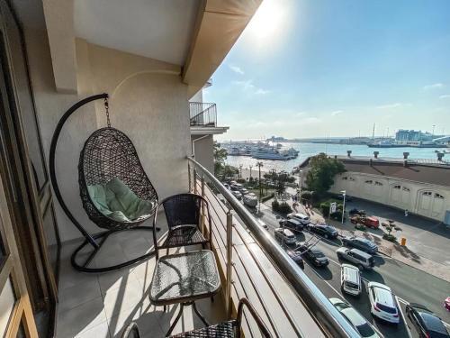 Балкон или терраса в Apartment Versal na Nesebrskaya 14