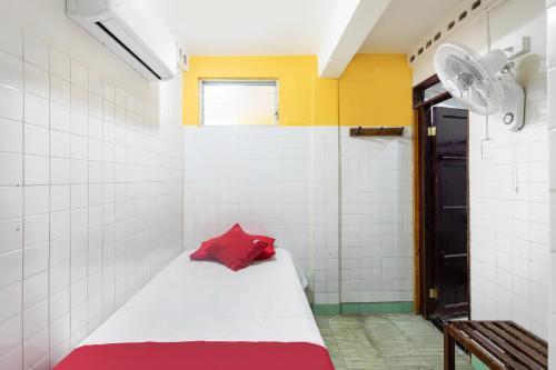 A bathroom at Hotel Rosa del Alba