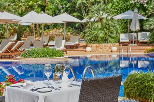 Restauracja lub miejsce do jedzenia w obiekcie Hotel El Coto