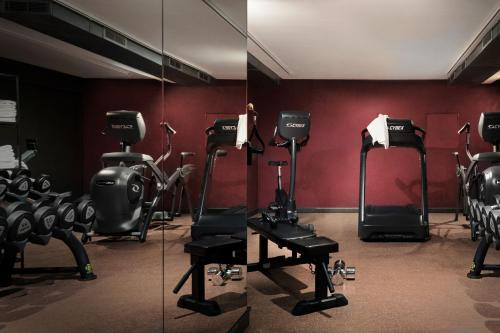 The fitness center and/or fitness facilities at Hotel SP34 by Brøchner Hotels