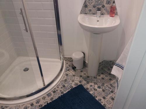 A bathroom at Wavecrest