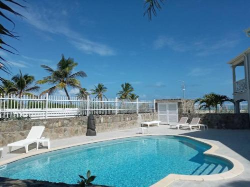 Princess Prunelle, Beachfront, Pool, Orient Bay