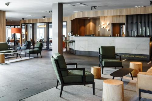 The lobby or reception area at Quality Hotel Vøringfoss