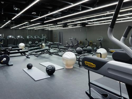 The fitness center and/or fitness facilities at Mitsui Garden Hotel Roppongi Tokyo Premier
