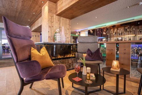 Lounge oder Bar in der Unterkunft 4*S Galtenberg Resort