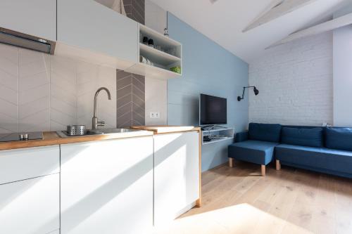A kitchen or kitchenette at Bryza Sopot