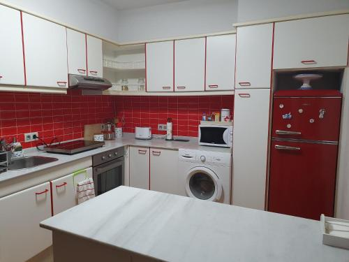 A kitchen or kitchenette at Apartamento Malecon