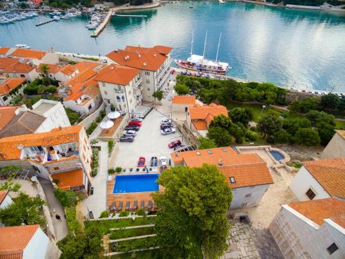 A bird's-eye view of Arbiana Heritage Hotel