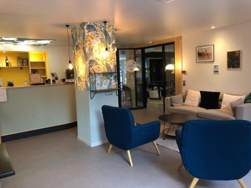 Hall ou réception de l'établissement Hotel Europole