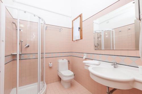 A bathroom at Villaggio Turistico Internazionale
