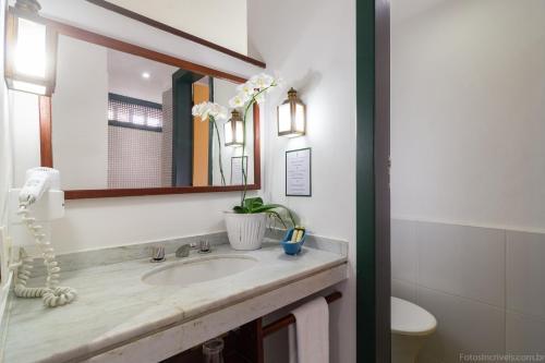 A bathroom at Pousada do Príncipe