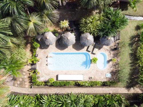 A view of the pool at Encantes do Nordeste or nearby