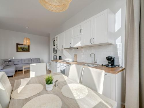 Kuchnia lub aneks kuchenny w obiekcie 3 City Apartments - Fryderyk