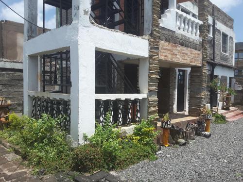 The Rustic Residence @Zebra