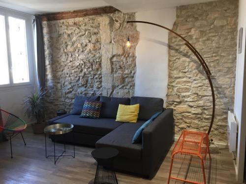 A seating area at Appartement Hyper Centre-Vieux Port-Place aux Huiles