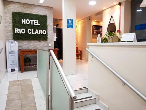 The lobby or reception area at Hotel Rio Claro