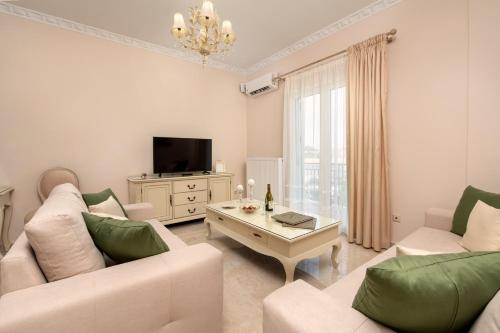 A seating area at Armonia corfu apartment