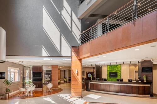 O saguão ou recepção de Intercity Porto Alegre Aeroporto
