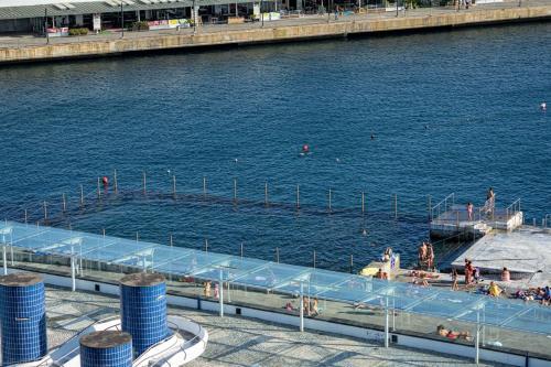 The swimming pool at or near Hotel Marina Atlântico