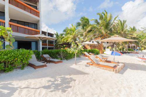 The swimming pool at or near Alea Tulum by Blue Sky