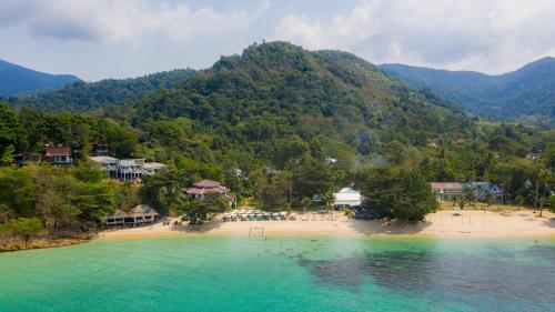 Blick auf Koh Chang Cliff Beach Resort aus der Vogelperspektive