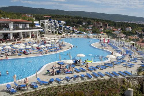 Nevis Resort  et  Aqua Park - All Inclusive