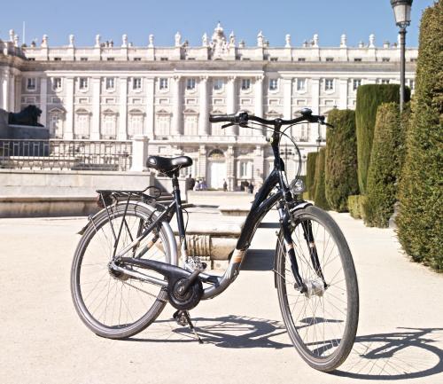 Montar en bicicleta en The Hat Madrid o alrededores