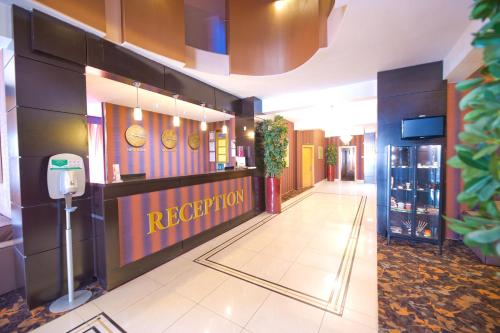 The lobby or reception area at RIN Central Hotel