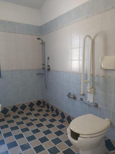 A bathroom at Hotel Baia Cea