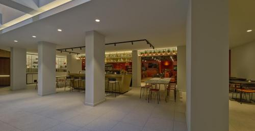 A restaurant or other place to eat at Eden hotel Amsterdam