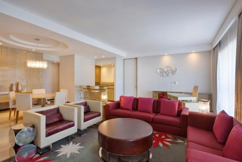 The lounge or bar area at The Westin City Centre Bahrain
