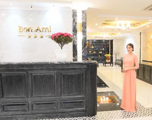 The lobby or reception area at Bon Ami Hotel - Thiên Xuân Hotel