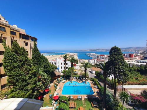 Vista de la piscina de Hôtel Rembrandt o alrededores