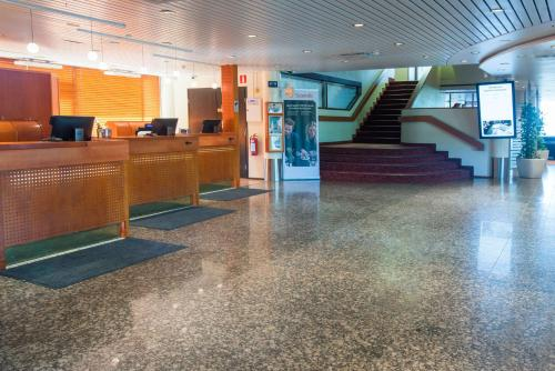 The lobby or reception area at Scandic Waskia