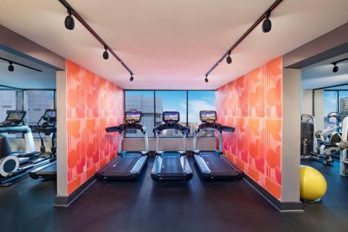 The fitness centre and/or fitness facilities at Hotel Colee, Atlanta Buckhead, Autograph Collection