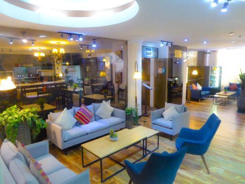 ホテル サガルナガのロビーまたはフロント