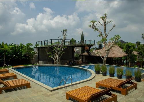 The swimming pool at or close to Rockwood Resort & Villa's