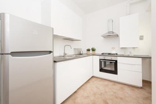 Cucina o angolo cottura di iFlat Glowing apartment in Balduina