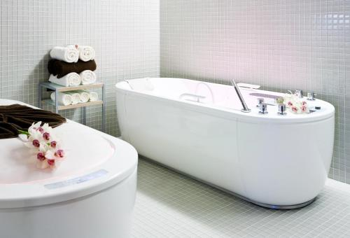 A bathroom at Barvikha Hotel & Spa - The Leading Hotels of the World
