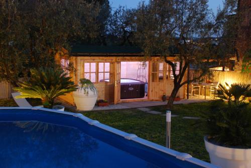 Piscina di Le Cerbaie - Casa Vacanze o nelle vicinanze