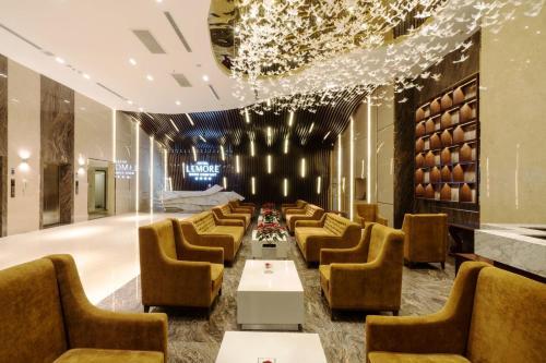 The lobby or reception area at LeMore Hotel Nha Trang