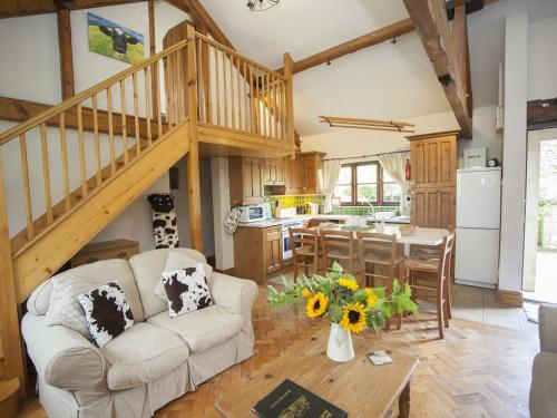 A seating area at Beeches Farmhouse Rooms & Cottages