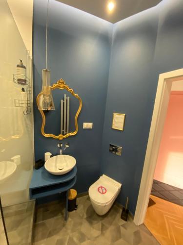A bathroom at Apartamenty Royal Point Bed & Bath